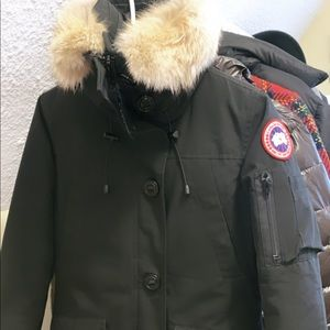 Canada Goose Victoria Parka- Women size is XS
